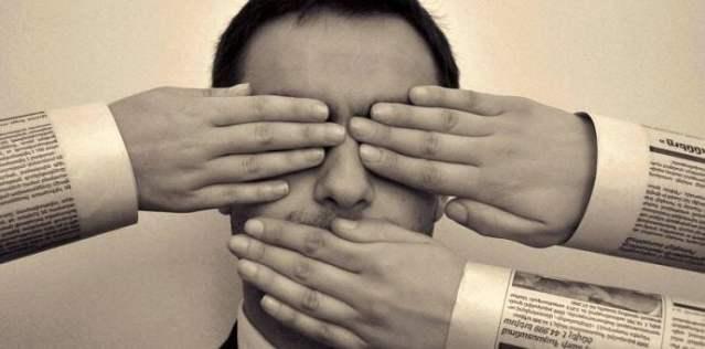 Jurnaliştii băcăuani cer autorităţilor locale să dea informaţii despre pandemie