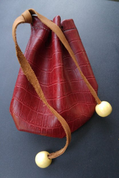 Red dragon-skin dice bag/pouch/coin purse/card bag