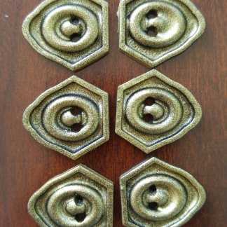 Inquisitor's Skyhold outfit cosplay buttons - Dragon Age: Inqusition