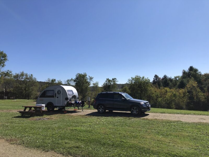 Keithmobile-E and camper at Chantilly Farm