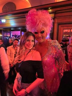 mit Travestiekünstler Olivia Jones