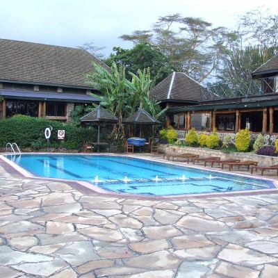 Lake Nakuru Lodge swimming pool