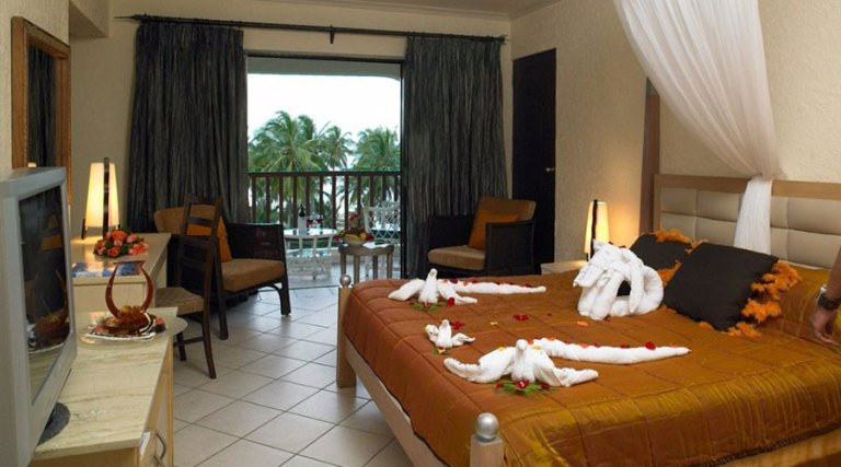 A room at Diani Reef Beach Resort