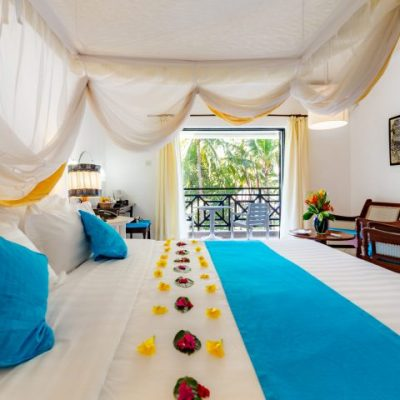 Diani-Sea-Resort-Bahari-Room1-01-720x480