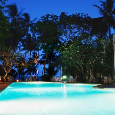 Plaza Beach Hotel swimming pool at night