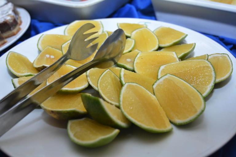 A plate of citrus fruits at PrideInn Flamingo Beach Resort & Spa.
