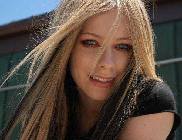 Avril Lavigne : Sur le point de se remarier?