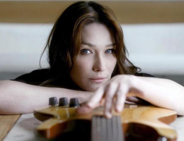 Carla Bruni : Son nouvel album se fait attendre ?