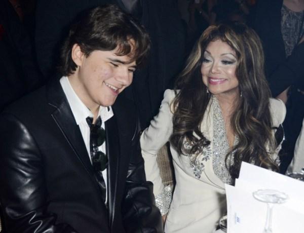 Prince Michael Jackson joue les grands aux côtés de sa tante