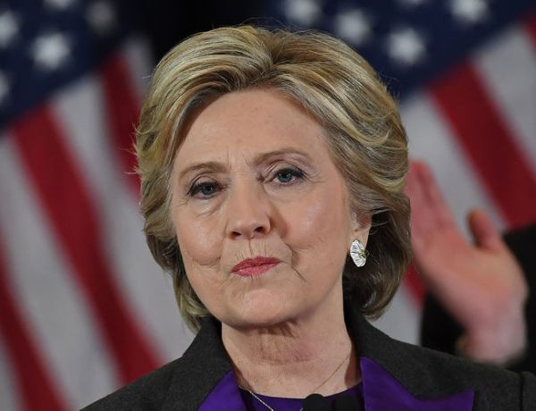 Enorme surprise pour cette Américaine qui croise Hillary Clinton dans les bois !