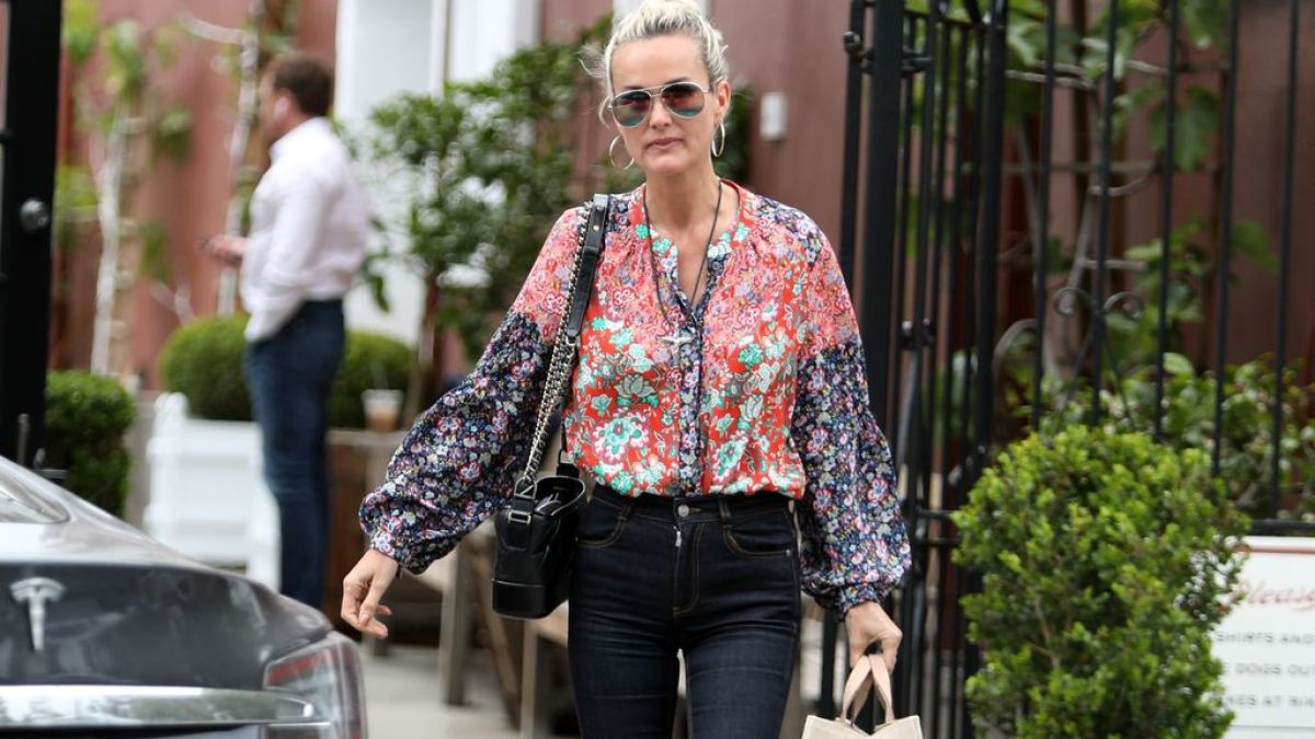 Laeticia Hallyday de retour à Los Angeles : Johnny ne la quitte pas…