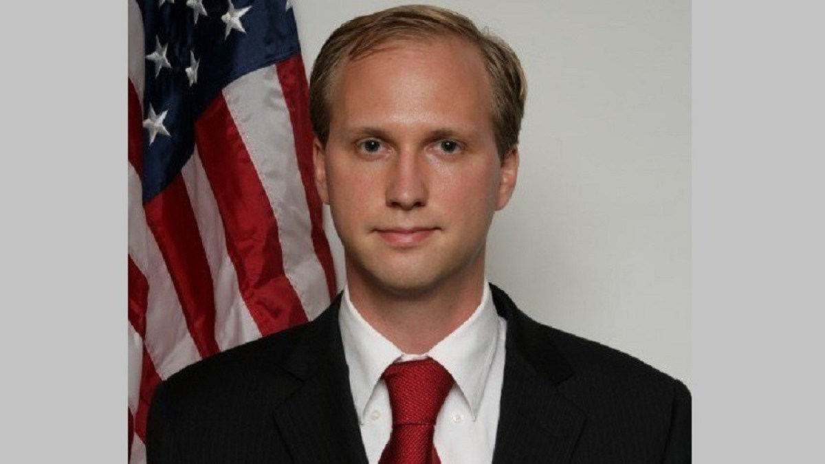 Congrès américain : en pleine interview, le candidat Nathan Larson avoue sa pédophilie et son penchant néonazi