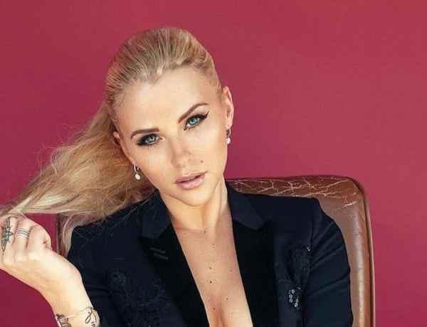 Kelly Vedovelli (TPMP) sans maquillage : Son nouveau look interpelle les internautes !