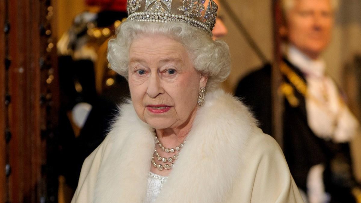 La reine Elizabeth II contrainte de se serrer la ceinture… à cause de la crise liée au coronavirus