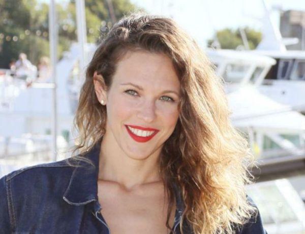 Lorie Pester enceinte : La comédienne affiche un petit ventre arrondi !