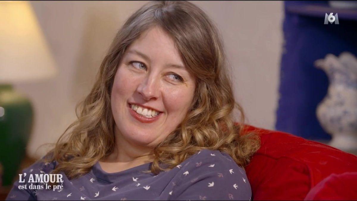 L'amour est dans le pré : Afin de séduire Laura, ce candidat ne manque pas d'originalité !