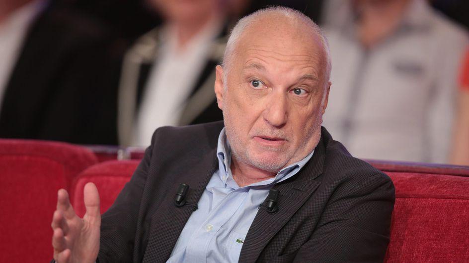 François Berléand se dit volontaire pour qu'on lui injecte le vaccin contre la Covid-19.