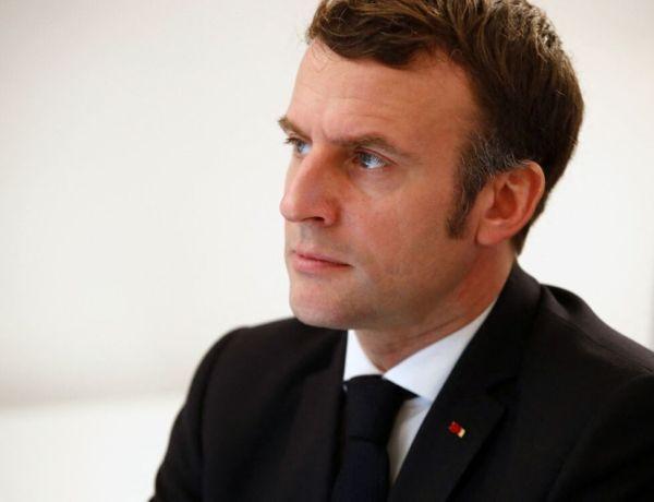 Emmanuel Macron : Présenter ses voeux, une tradition qu'il trouve «inutile et ringarde»