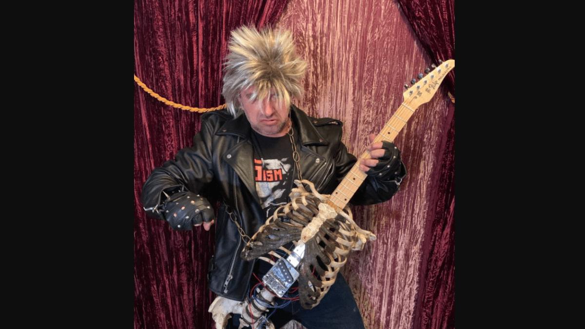 Etats-Unis : Un homme récupère le squelette de son oncle pour en faire une guitare