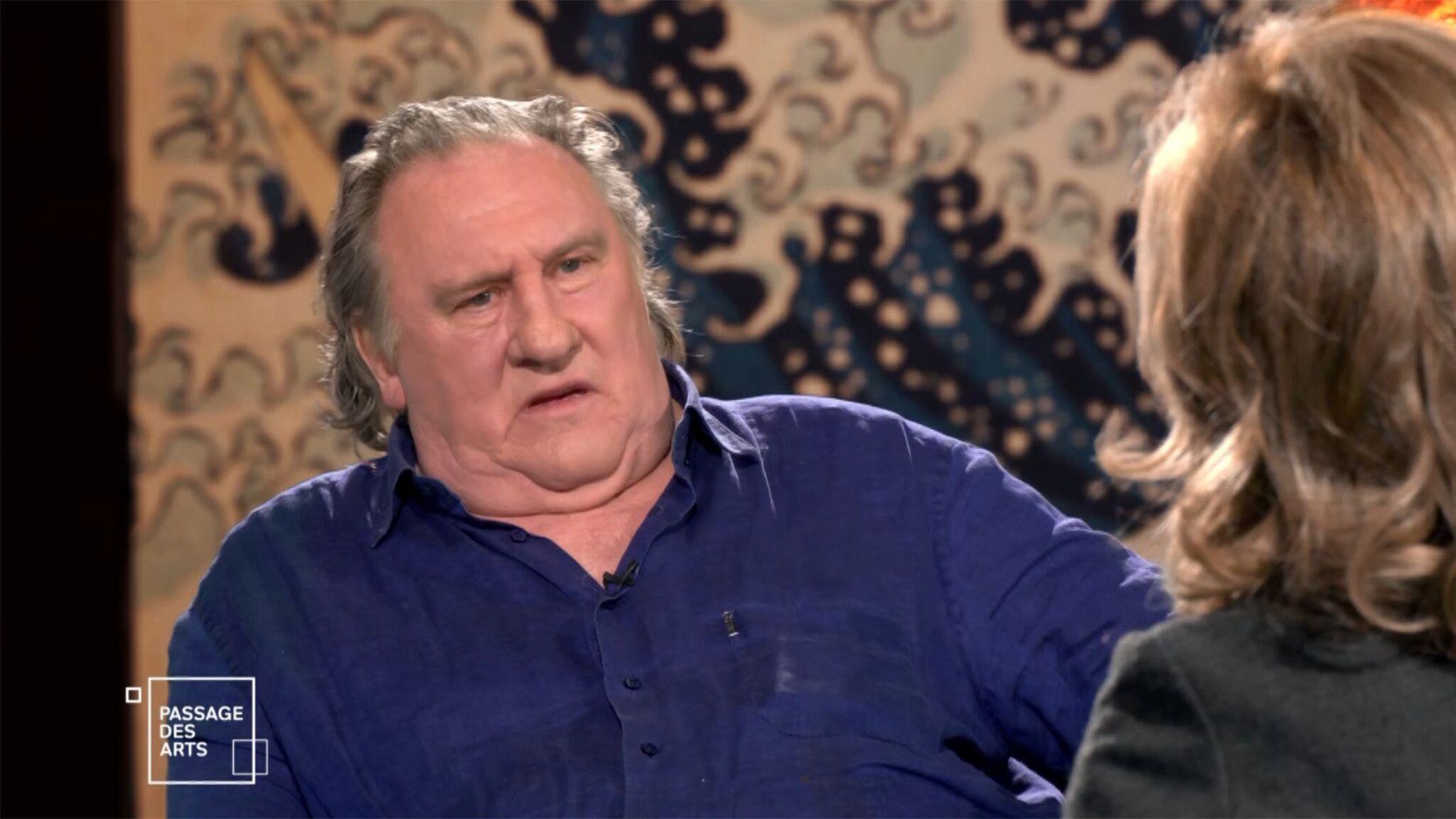 Gérard Depardieu s'emporte après une remarque de Claire Chazal sur ses liens avec Vladimir Poutine