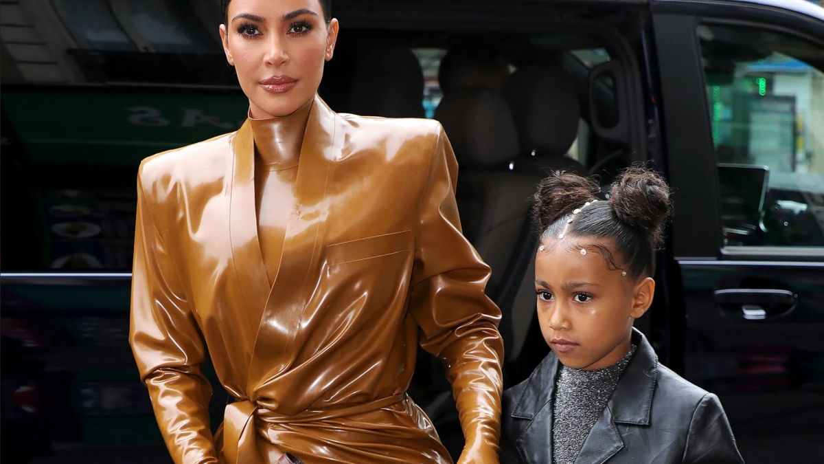 Kim Kardashian : Le talent de peintre de sa fille North remis en cause, elle sort les griffes !