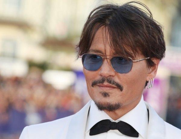 Johnny Depp: Un SDF s'introduit chez lui et prend une douche!