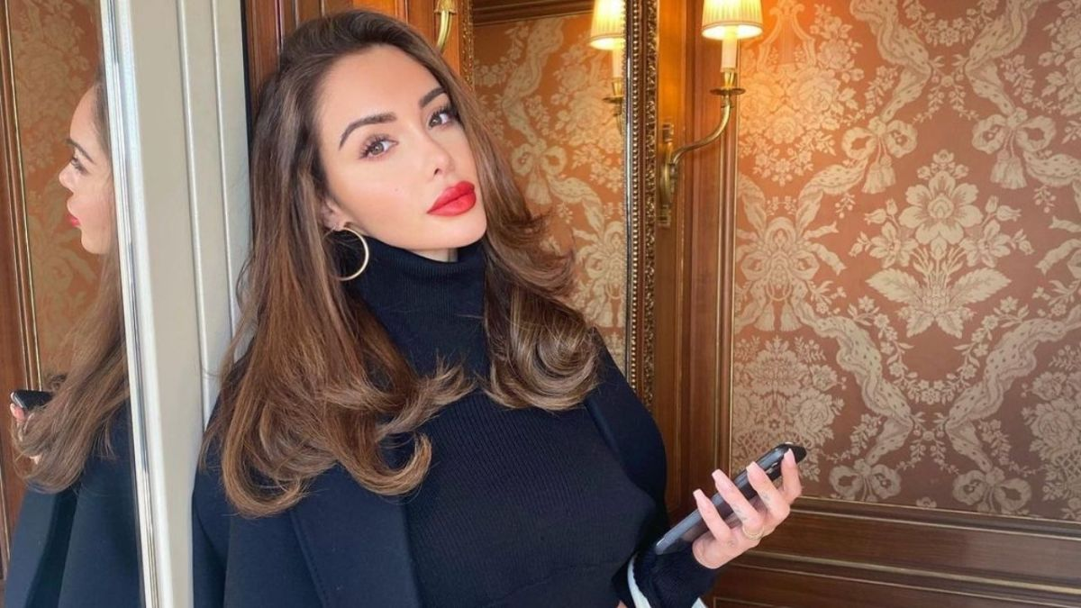 Nabilla Benattia : Son modèle dans la vie ? Brigitte Macron !