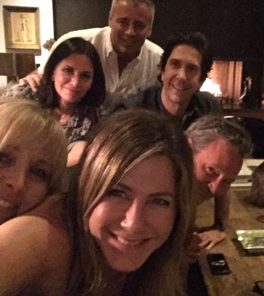 """Jennifer Aniston bientôt maman ? Cette incroyable confidence lors de la réunion """"Friends"""""""