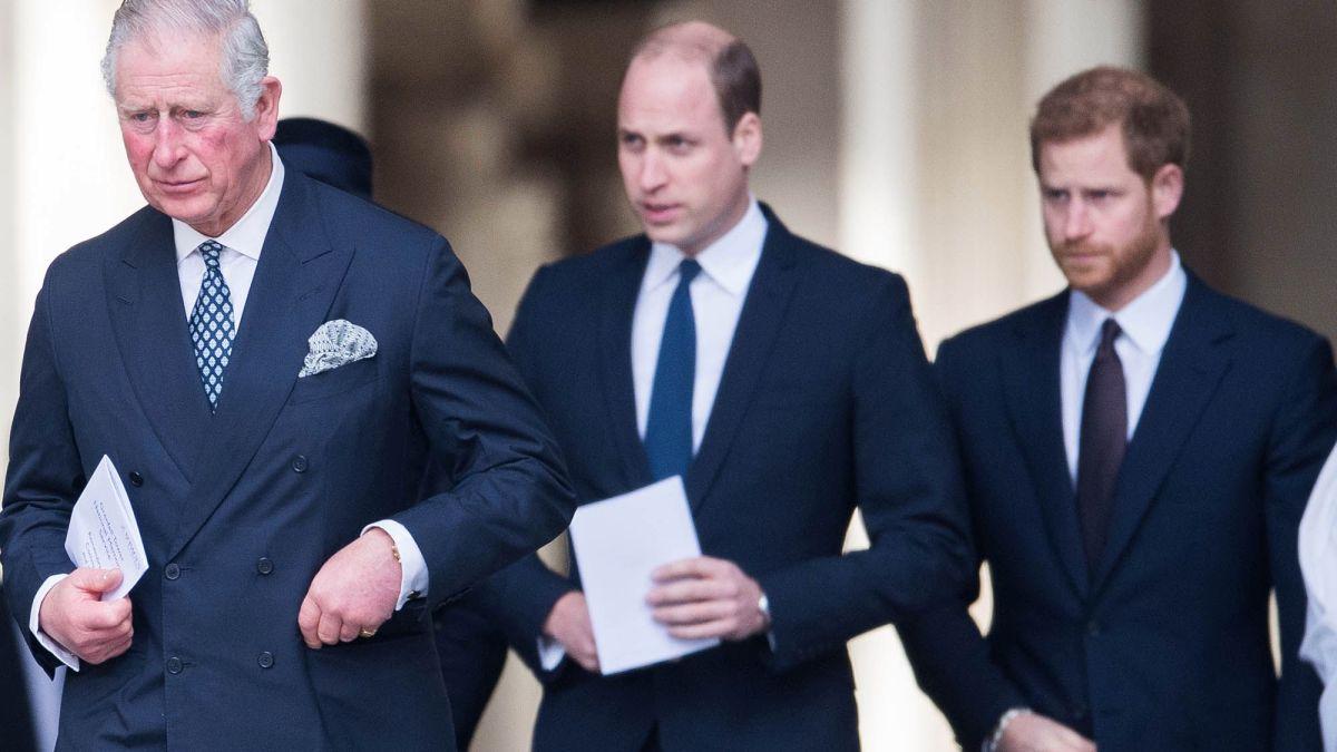 Le prince Harry : Où en sont ses relations avec le prince Charles et le prince William ?