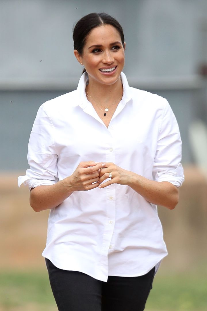 La chemise blanche : Un basique qui séduit toujours autant.