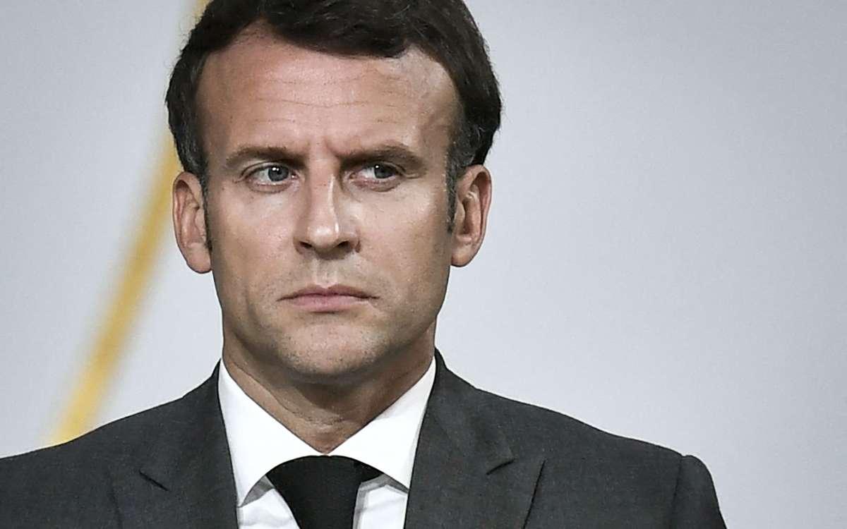 """Emmanuel Macron menteur ? Mickaël Vendetta balance : """"Brigitte et lui ne sont pas vaccinés"""""""
