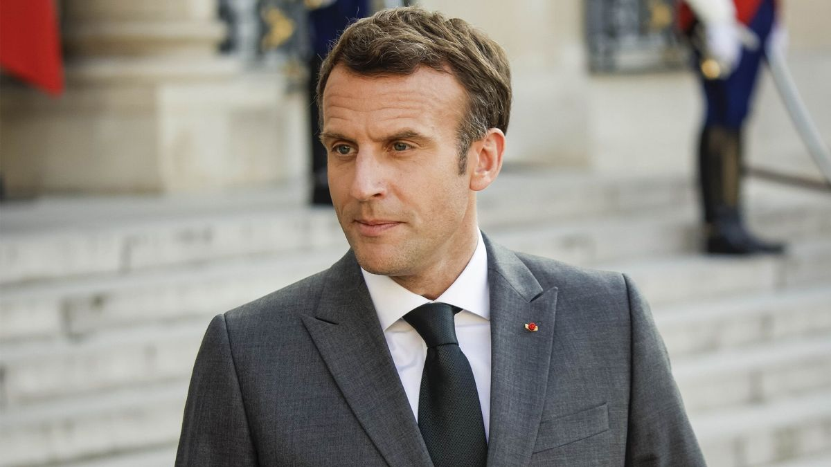Emmanuel Macron : Découvrez pourquoi sa date de vaccination fait débat