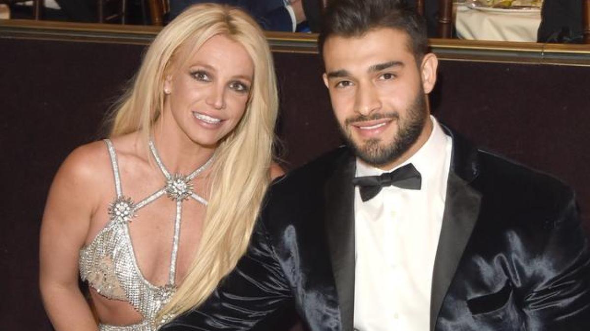 Britney Spears : Sa bague de fiançailles déclenche l'engouement de ses fans