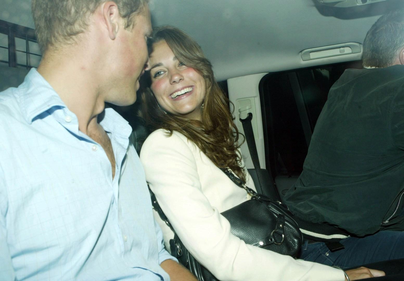""""""" Ils ont remis en question leur couple """" : le prince William et Kate ont failli se séparer après une dispute"""