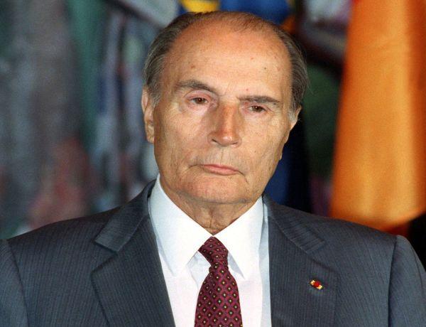 François Mitterrand : Retour sur sa relation secrète avec une jeune étudiante de 20 ans