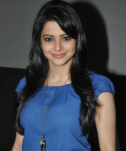 Aamna Shariff Measurements, Height, Weight, Bra Size, Age, Wiki, Affairs