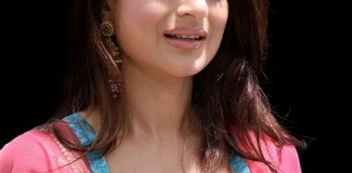 Ameesha Patel Measurements, Height, Weight, Bra Size, Age, Wiki, Affairs