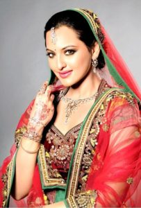 Sonakshi Sinha Measurements, Height, Weight, Bra Size, Age, Wiki, Affairs