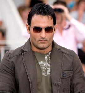 Akshaye Khanna Height, Weight, Body stats, Wiki