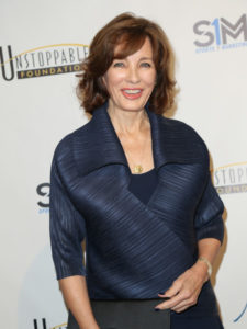 Anne Archer Measurements, Height, Weight, Bra Size, Age, Wiki, Affairs