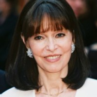 Barbara Feldon Bra Size Height Weight Body Measurements Wiki