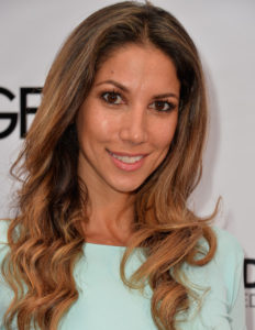 Leilani Dowding Measurements, Height, Weight, Bra Size, Age, Wiki, Affairs
