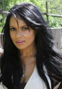 Vicki Vann Measurements, Height, Weight, Bra Size, Age, Wiki, Affairs