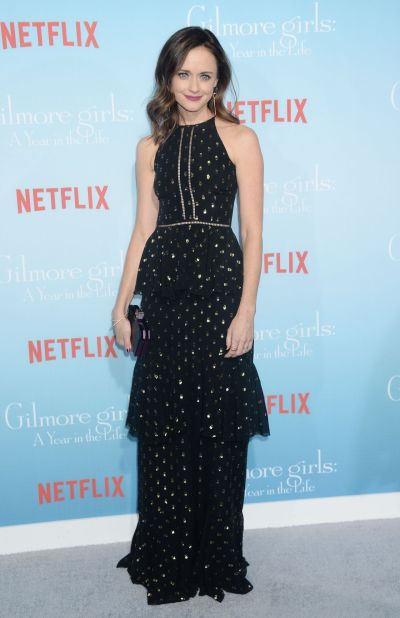 Alexis Bledel Measurements Height Weight Bra Size Age Wiki Affairs