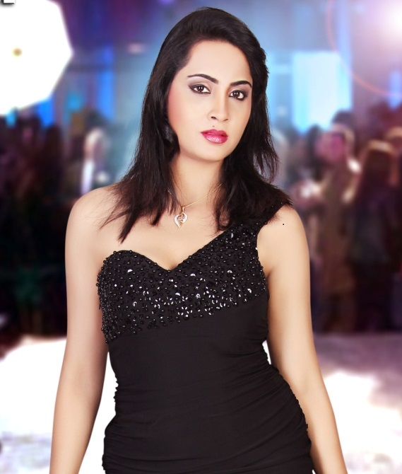 Arshi Khan Measurements Height Weight Bra Size Age Wiki Affairs