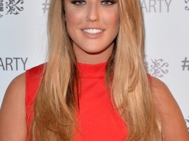Charlotte Crosby Measurements Height Weight Bra Size Age Wiki Affairs
