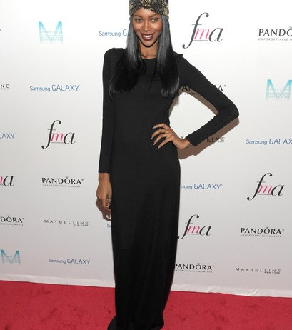 Jessica White Bra Size Height Weight Body Measurements Wiki