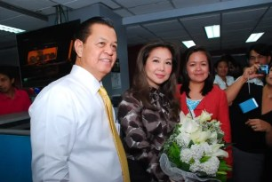 TV Patrol anchors Noli de Castro Korina Sanchez and Head of News and Current Affairs Ging Reyes