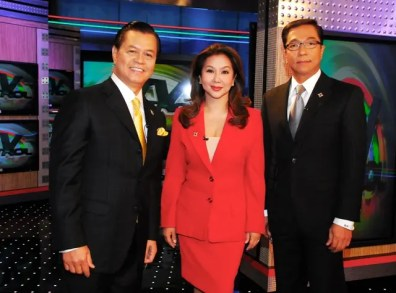 TV Patrol anchors Noli de Castro Korina Sanchez and Ted Failon pose during the commercial break