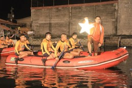 Gerald Anderson with the Phil Coast Guards (2)